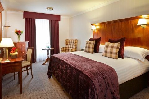 Executive_Room-_Clayton_Hotel_Ballsbridge